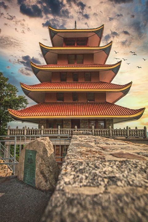 Reading Pagoda 07.17b - Howard Roberts Photography