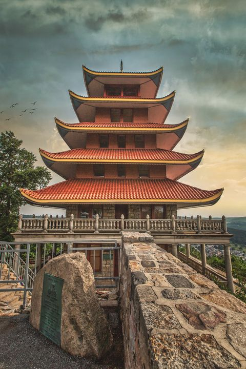 Reading Pagoda 07.17d - Howard Roberts Photography