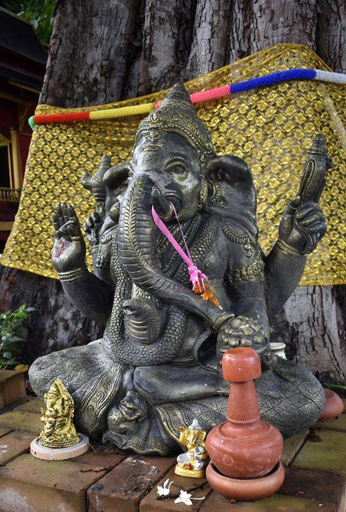 Chiang Mai Wat Doi Suthep Ganesha - RCRayner