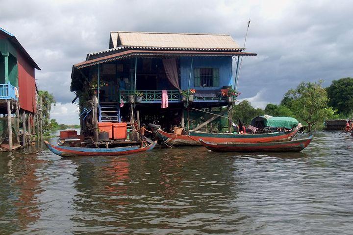 Home upon Tonle Sap Lake Cambodia - RCRayner