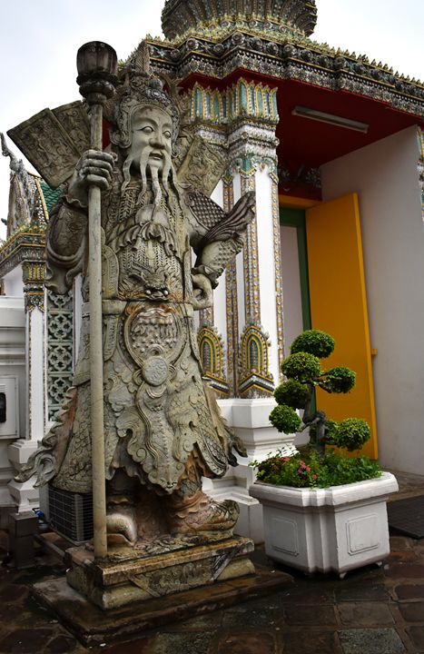 Wat Po guardian statue Bangkok - RCRayner