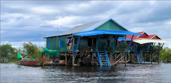 Kamplon Phluk Village floating store - RCRayner