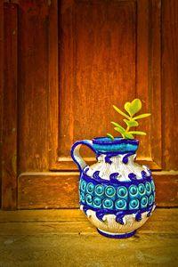 Vase of flower