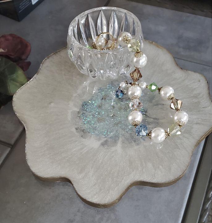 Geode Inspired Resin Tray - Debi Allard Art