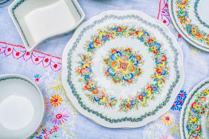 colorfully decorated plate - Jarek Witkowski gallery