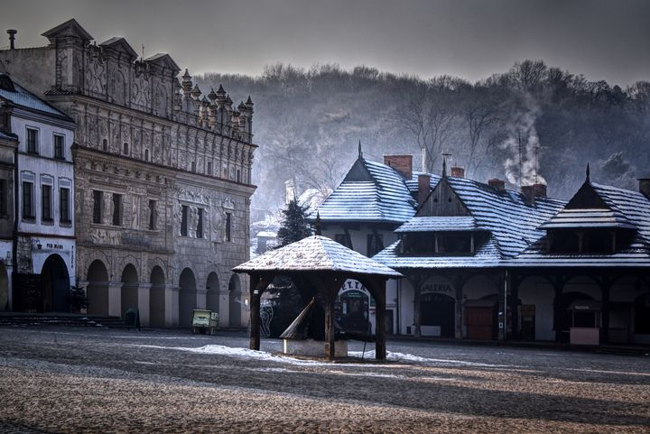 Kazimierz Dolny in winter - Jarek Witkowski gallery