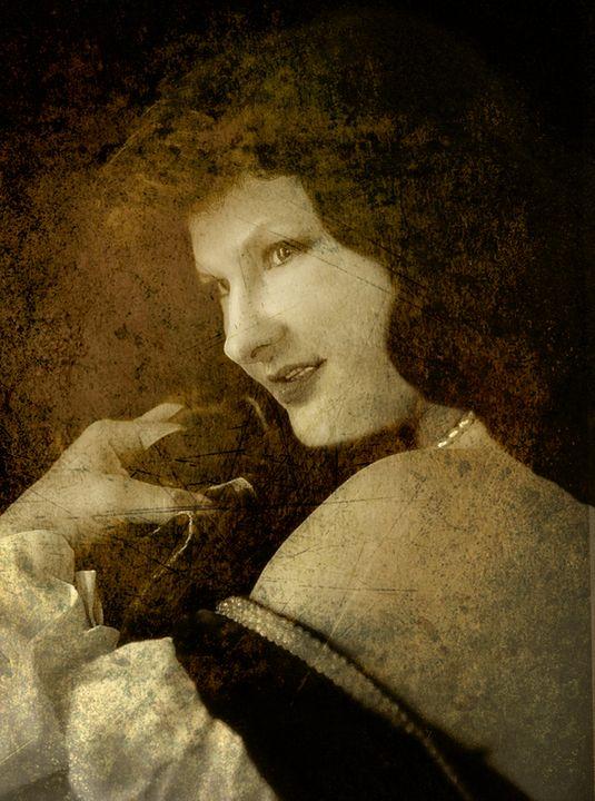 renaissance lady - peggy loughlin