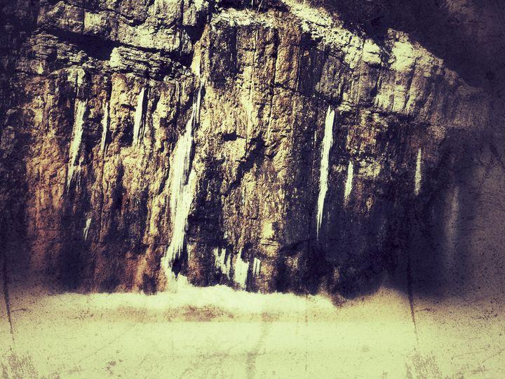 Ice Cave - Hidden Code Studios