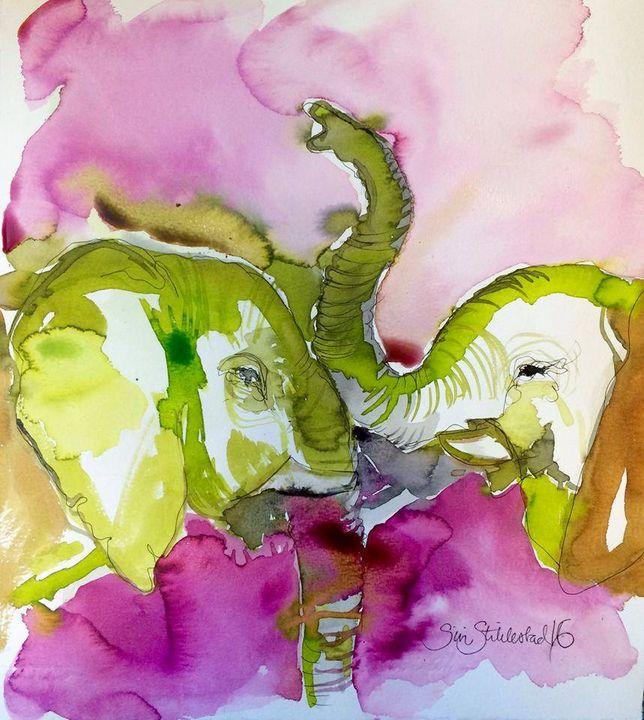 LOVE ELEPHANTS - SÏRÏ