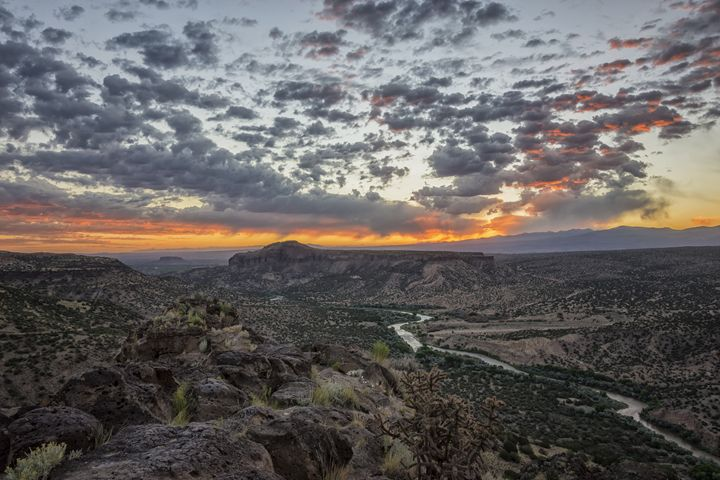 Rio Grande River Sunrise 2 - White R - Brian Harig Photography