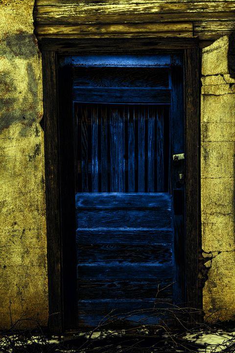 Behind the blue door - Ron Pierce Photography