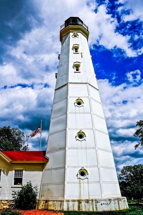 Lighthouse - Kaaptured 4 You