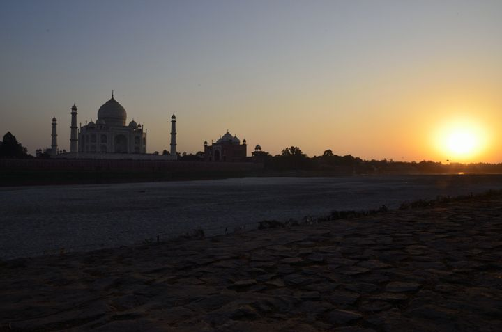 Taj Mahal at sunset - Bhaswaran