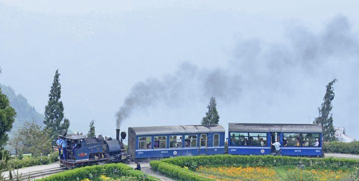 Darjeeling Himalayan Railway - Bhaswaran