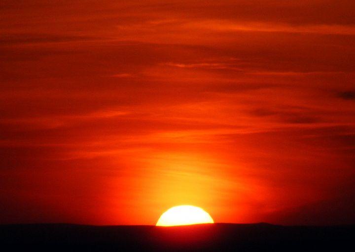 Deep Sunset - Trevor Harvey Art