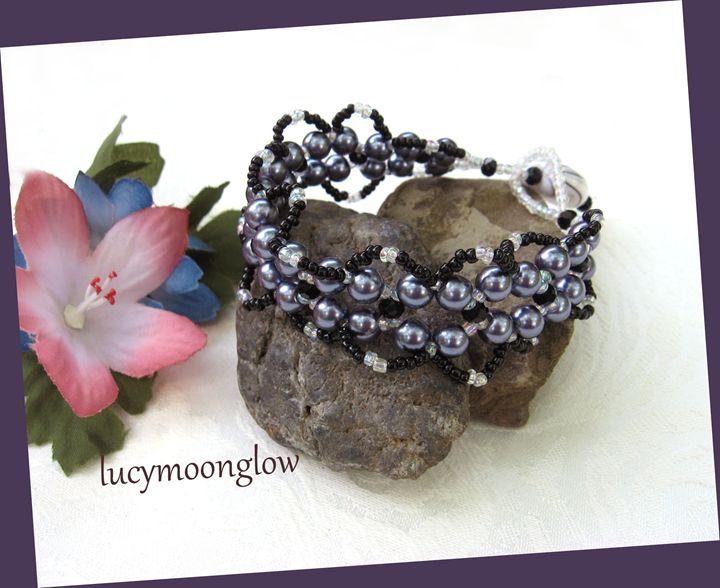 Hand Woven Fringe Bracelet - Lucymoonglow