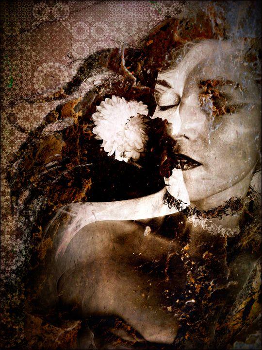 Mascerade - Flowers by Alaya Gadeh