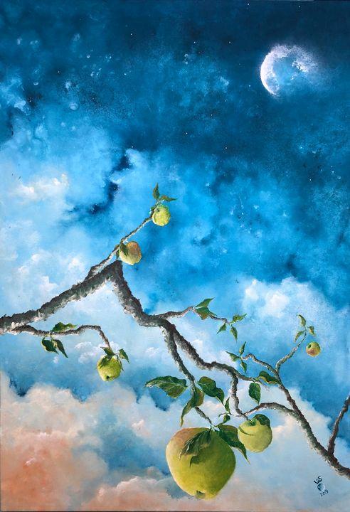 Apple Moon #8 - LA Short
