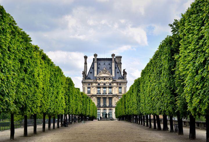 The Louvre - Visual_Weirdo