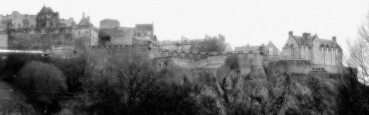 Edinburgh Castle - Petra's Gallery