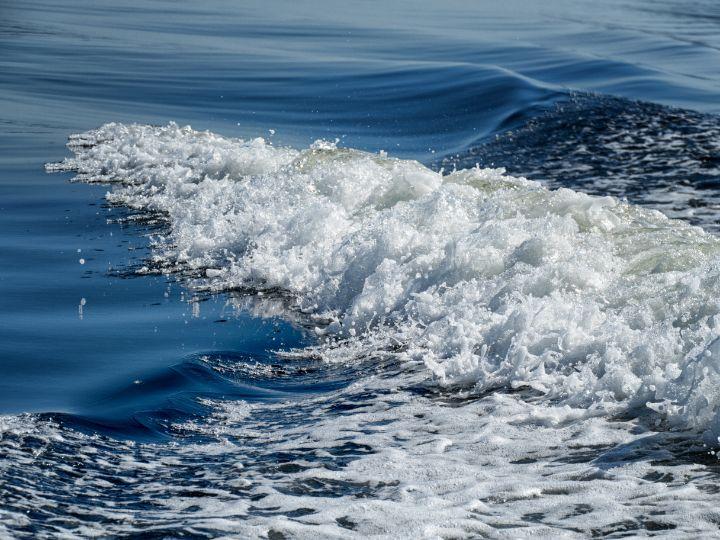 Foaming Sea - Lynn Bolt Lochside Photos