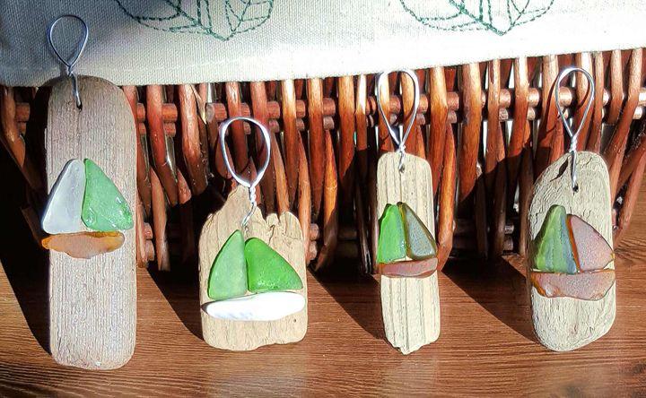 Beach glass ornament set set of 4 beach glass ornaments.