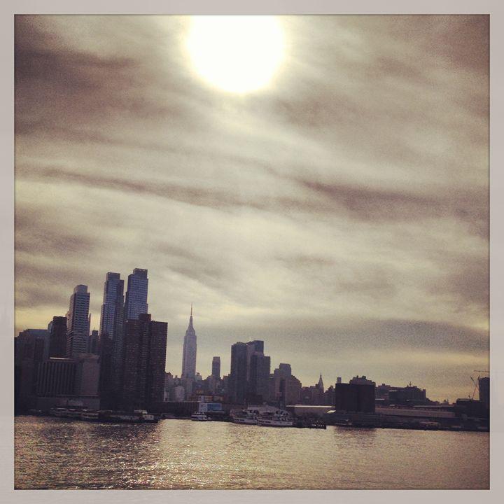 Manhattan from the Hudson - Limor's Art