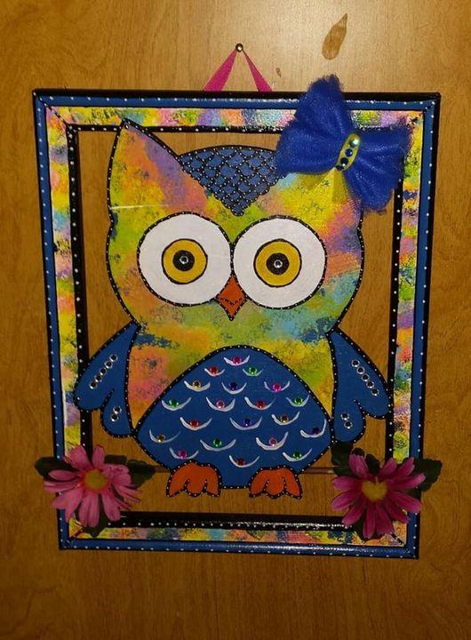 Lighted Colorful Owl - An Artsy Eye