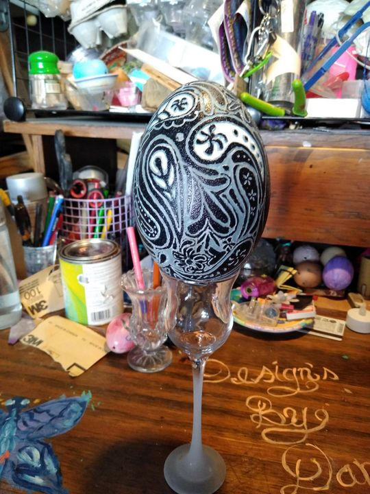 Emu egg Paisley - Designs By Daphne