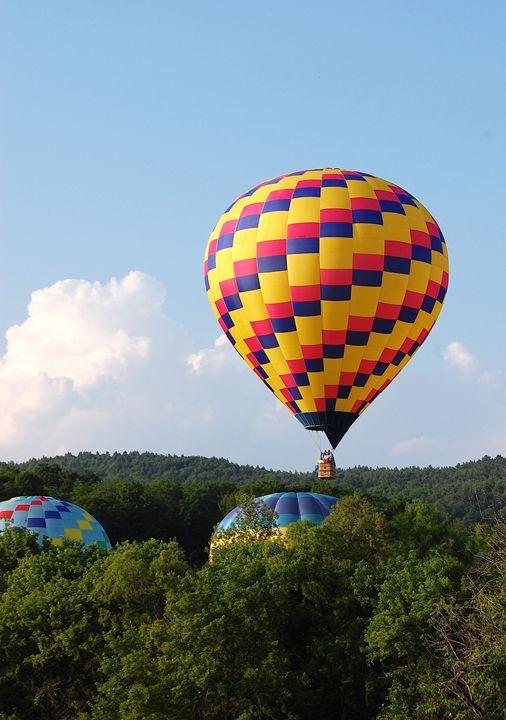 Balloons over Vermont - tiffanycassanophotography