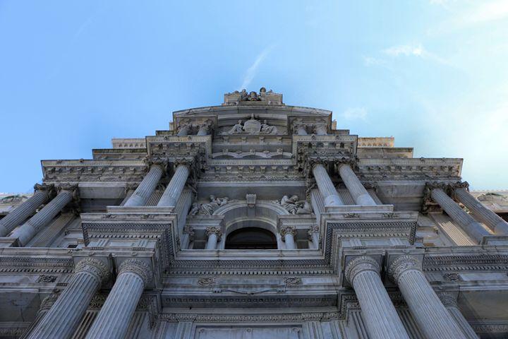 City Hall Wonder (Philadelphia) - Julie Maxwell