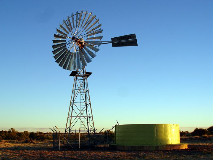 Australian Comet Windmill - Photo Life Generation