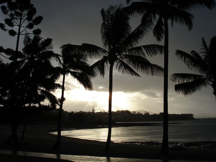 Storm brewing in paradise - Photo Life Generation