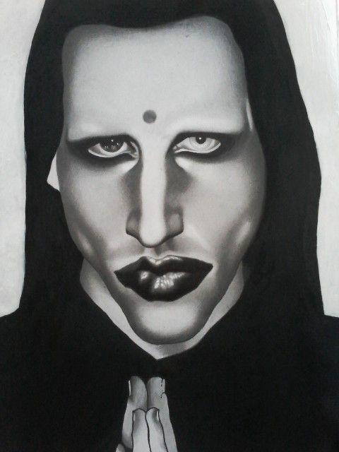 Marilyn Manson - Daphne