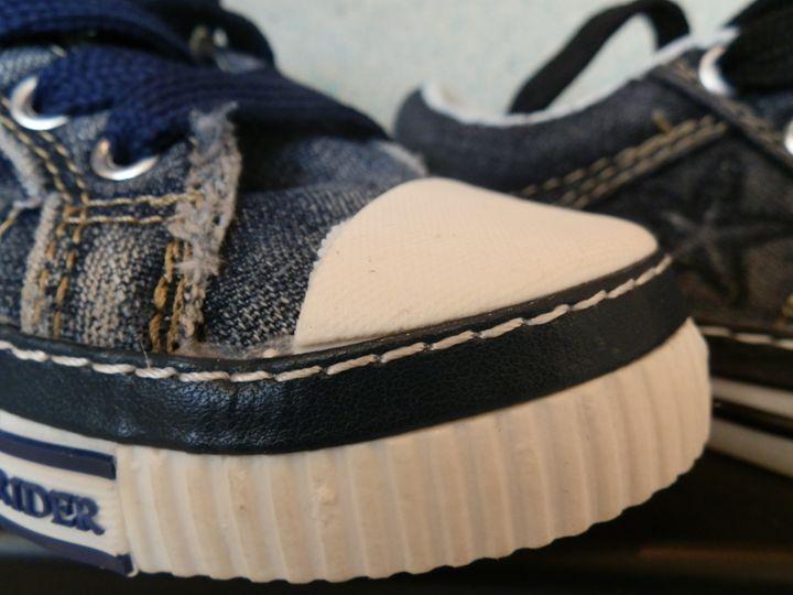 Shoes - AkrobatX