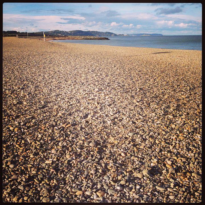 Bray Beach - Aga