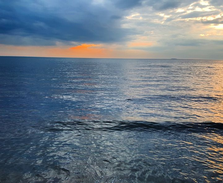 Sunset Hammonassette State Beach - The Adhizen