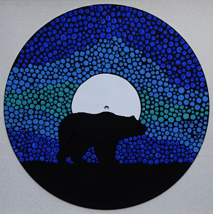 Bear totem - Her painted canvas