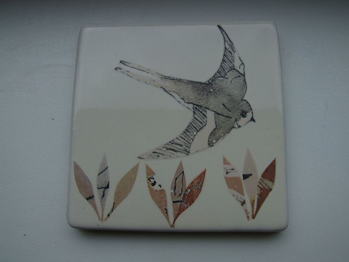 bird and seed tile - thepotterstudio10