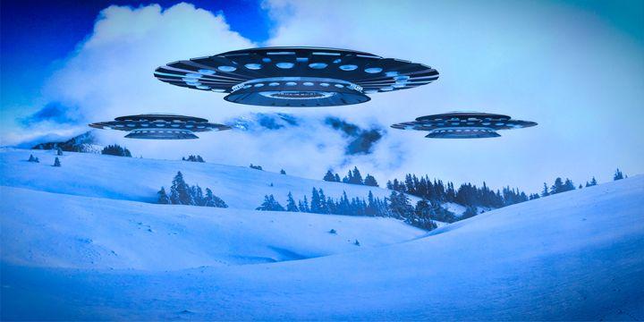 Winter Invasion by Raphael Terra - Esoterica Art Agency