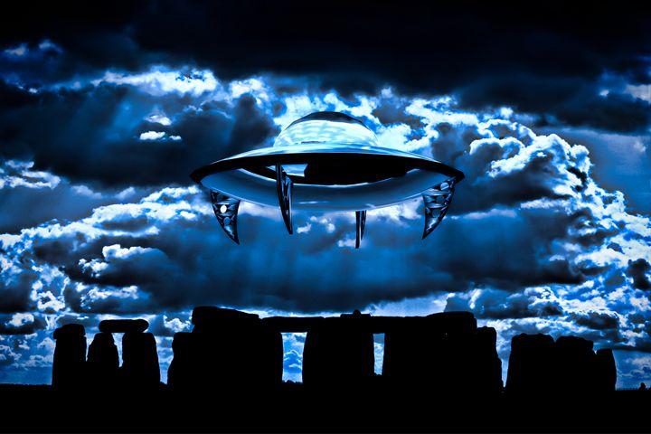 UFO Stonehenge by Raphael Terra - Esoterica Art Agency
