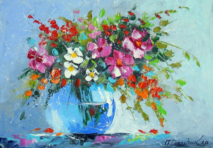 Bouquet of summer flowers in a vase - Olha Darchuk
