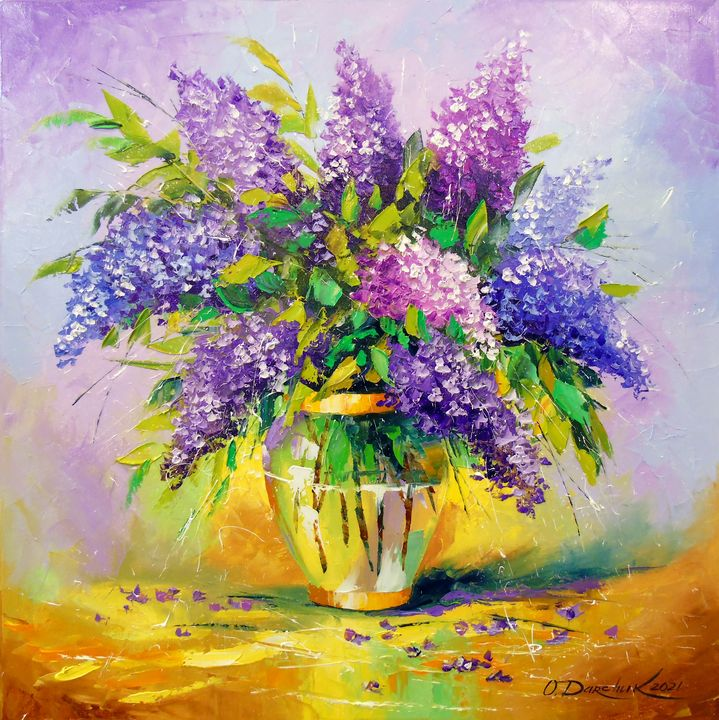 Bouquet of lilac in a vase - Olha Darchuk