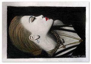 Rita Ora Black Gold