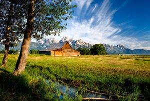 MOULTON BARN IN WYOMING WITH TETONS