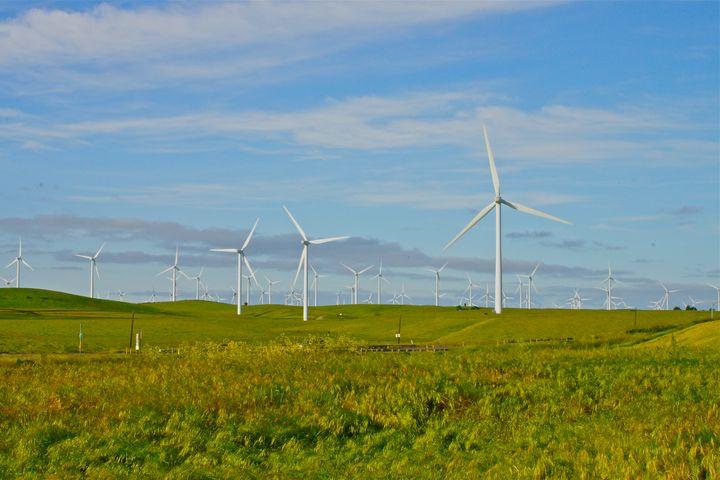 Wind mill Prairie - Shutter Shock Images