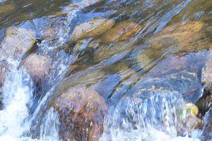 Rocky mountain water rocks