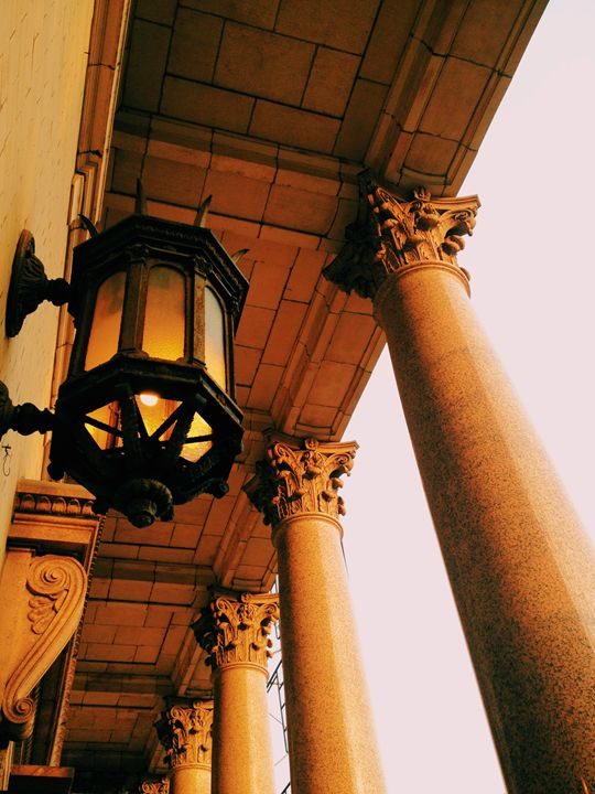Light and Columns - CMsterZ