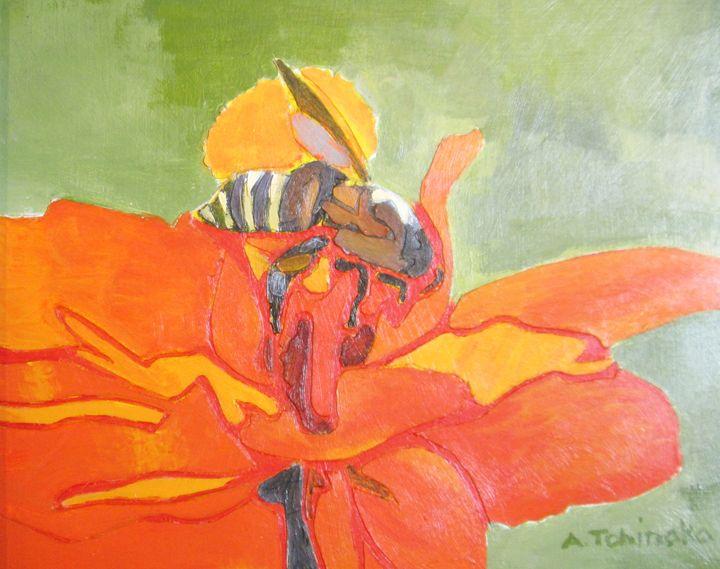 Bee Poppy - A. Tohinaka