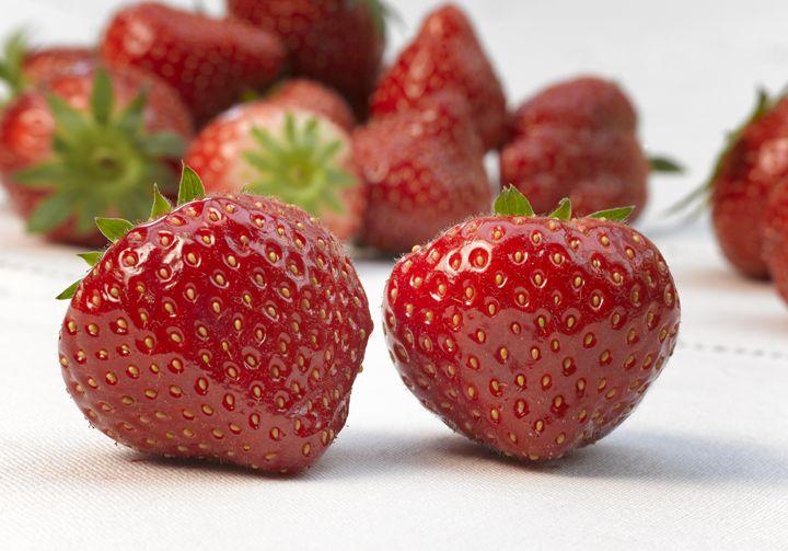 fresh strawberry - pbombaert